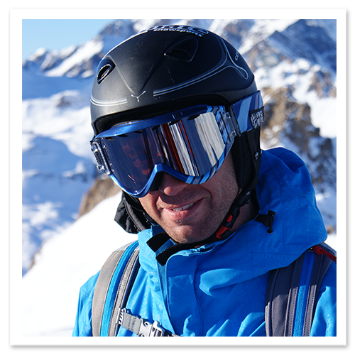 Ultimate_Snowsports_Experienced_Instructors_for_Ski_and_Snowboard_lessons-Sean
