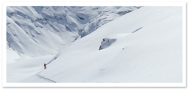 Ultimate-Snowsports-Touring_and_split-boarding_Lessons-Tignes_France