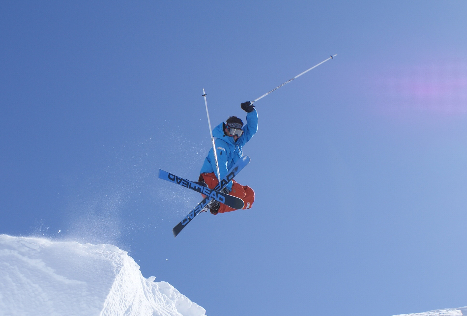 Ultimate_Snowsports_Freestyle_Ski_Lessons_Tignes_France