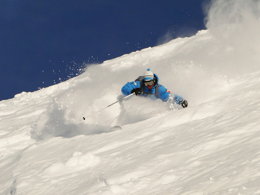 Ultimate_Snowsports_Instructor_Training_Ski_Lessons_France