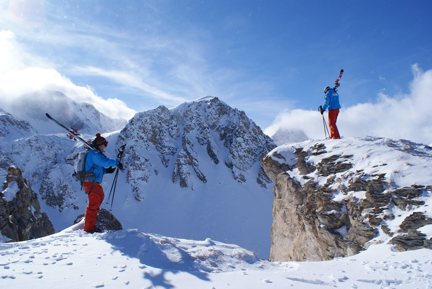 Ultimate_Snowsports_Ski_Lessons_Contact_Information